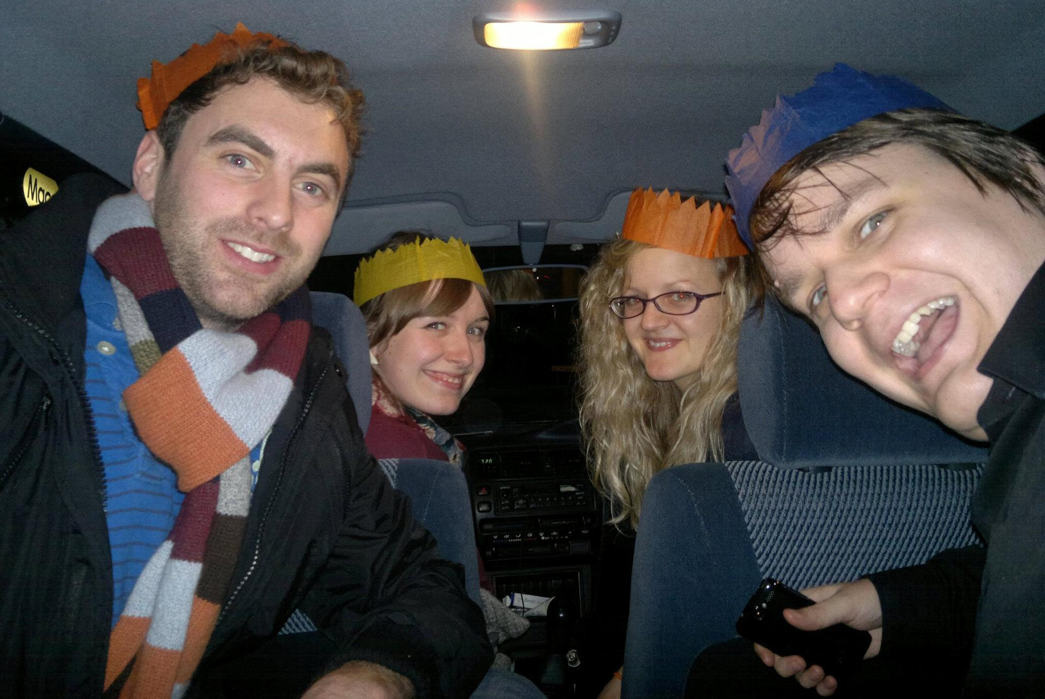 Rob and his sharers have an in-car Christmas party!